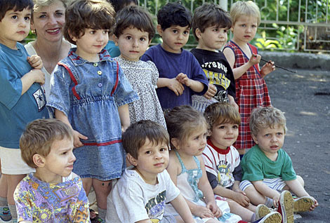 about image:  Children in Georgian orphanage